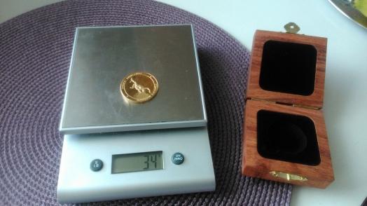 I förrgår fick jag min guldpeng från Comrades med posten. Just nu funderar jag på om jag ska försöka att bygga upp min guldreserv ännu mer nästa år. Det är ett fantastiskt roligt lopp och jag har redan glömt hur ont det gjorde de sista sju kilometrarna.
