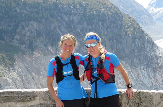 Emelie Forsberg och Springs Jennie Lorentsson inför ett pass i bergen.