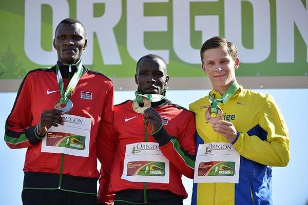 Men 800m final 1 972 Alfred Kipketer KEN KEN 1:43.95 WJL 2 979 Joshua Tiampati Masikonde KEN KEN 1:45.14 PB 3 1383 Andreas Almgren SWE SWE 1:45.65 NJR
