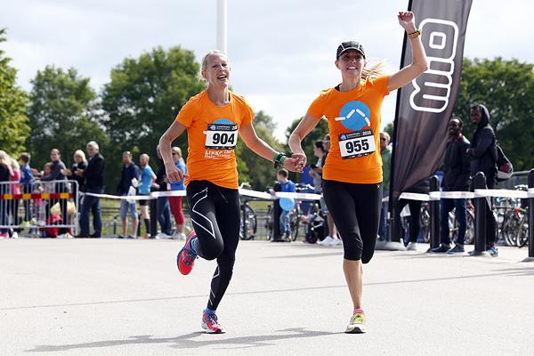 Linköpings Halvmarathon Foto: magnusmedia.nu