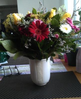 tjej_blommor
