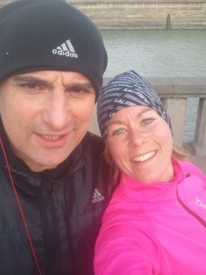 Till sist. Jag träffade en löpare i Tbilisi. En enda på alla dagarna i dessa länder. Det om något är värt en selfie.
